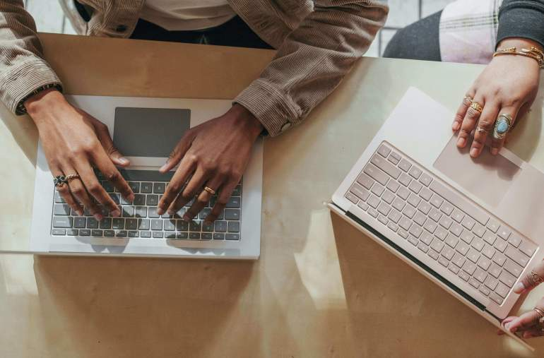 5 Reasons to Hire A Professional Content Writer
